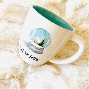NWOT Rae Dunn Christmas Let It Snow Snow Globe Mug